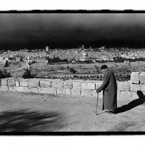 עליזה אורבך, מתוך הסדרה קבצנים, ירושלים, שנות ה-70