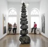 פיטר יעקב מלץ, מבט מהתערוכה, צילום: שלמה סרי