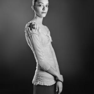 """מעיין זארי מתוך הסדרה """"הנני"""" 2010-2011 צילום 75X60 ס""""מ"""