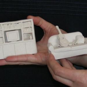 ללא כותרת, 2005 פיסול ידני - Paper Clay 8x7x3 סמ