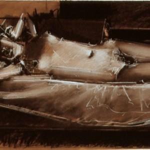 מאיר אפלפלד, ק' שוכבת על המיטה 2006, פחם וקונטה לבן על נייר 65X45