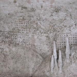 תבליט נוף-  אופק יונתן, 2005, אדמית שרופה 54x36